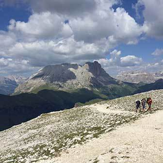 Trekking to Antermoia and Val Duron