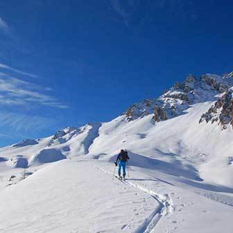 Ski Mountaineering to Col Bechèr in the Marmolada Range