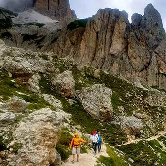 Trekking to Rifugio Roda di Vael in the Catinaggio Group