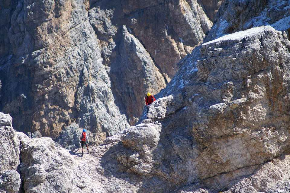 Via ferratas in the Dolomites with the mountain guides of the Fassa Guide